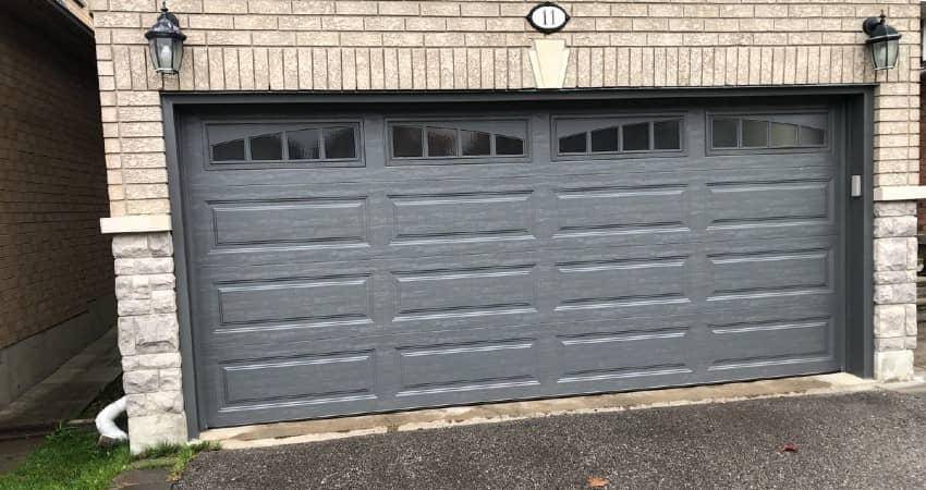 Beginner's Guide To Buy A Garage Doors