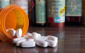 The Advantages to Buying Prescription Drugs Online